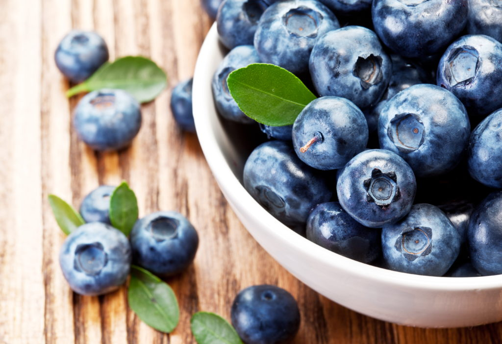 How to Freeze Blueberries for use in recipes all year long!