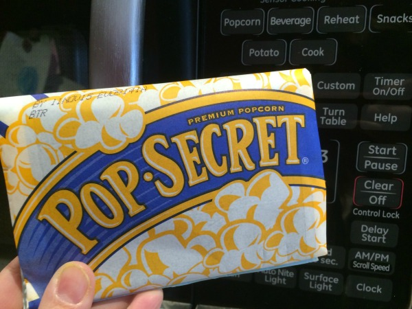 Pop Secret Popcorn makes any day special and now you can download a $1 off coupon to make it a frugal day too!