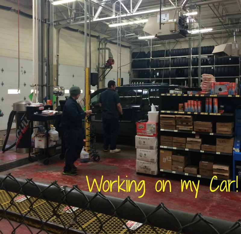 Working on my car in the Walmart Auto Center--instead of sitting in a small waiting room I was able to head in and shop and get my weekly groceries.#DropShopandOil #ad