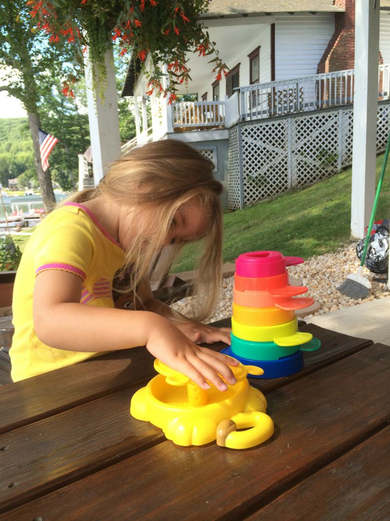 Stack n' Go Cups are great portable fun! #PLAYSKOOLCREW