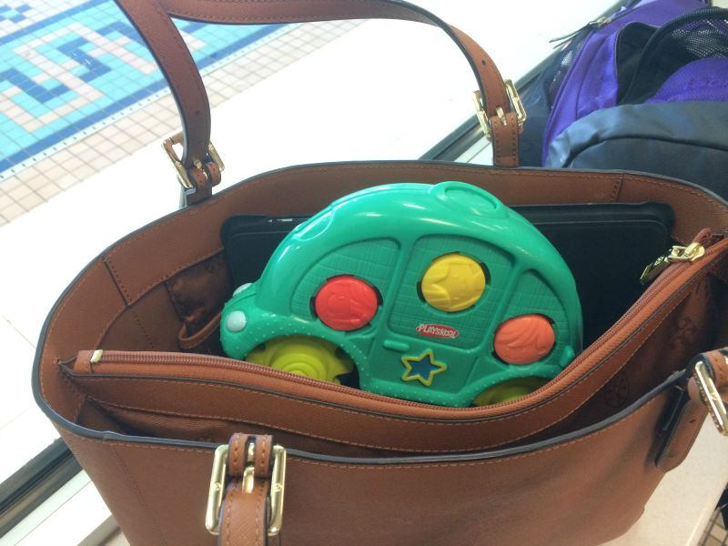 Roll'n Gears fits in my purse for fun on the go #PLAYSKOOLCREW