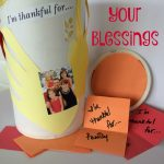 Count Your Blessings Thanksgiving Jar–Easy Thanksgiving Craft for Kids