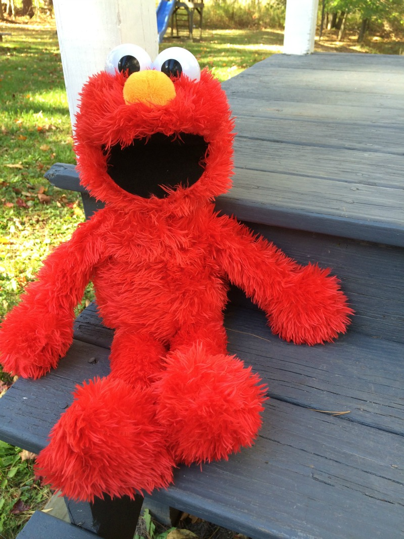 Hanging With Play All Day Elmo #ad #PLAYSKOOLCREW