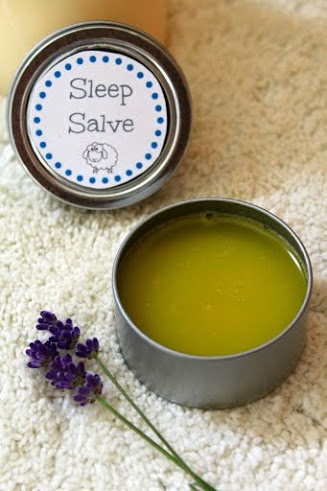 Lavender Infused Homemade Cream--Smell great and makes a great holiday gift idea too!