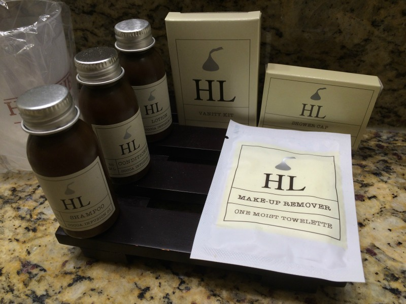 Cocoa Infused toiletries at the Hershey Lodge #HersheyPA #ad
