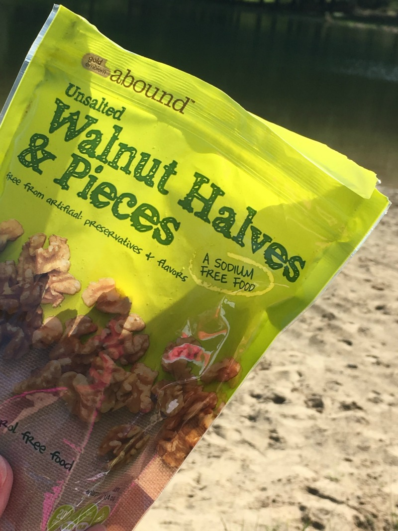 Unsalted Walnut Halves and Pieces are my snack of choice! #SpringSnacking #ad #CVS