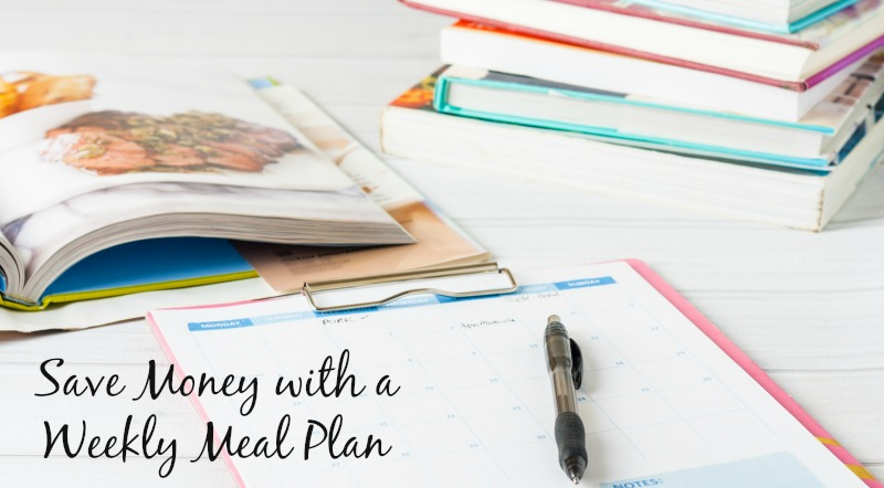Save Money with a Weekly Meal Plan--having a meal plan is a great way to cut down on the dinnertime stress, save money and save time. Check out these great tools to make your weekly meal plan session even easier and start saving money today!